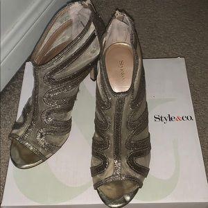 Cute heeled sparkly heels